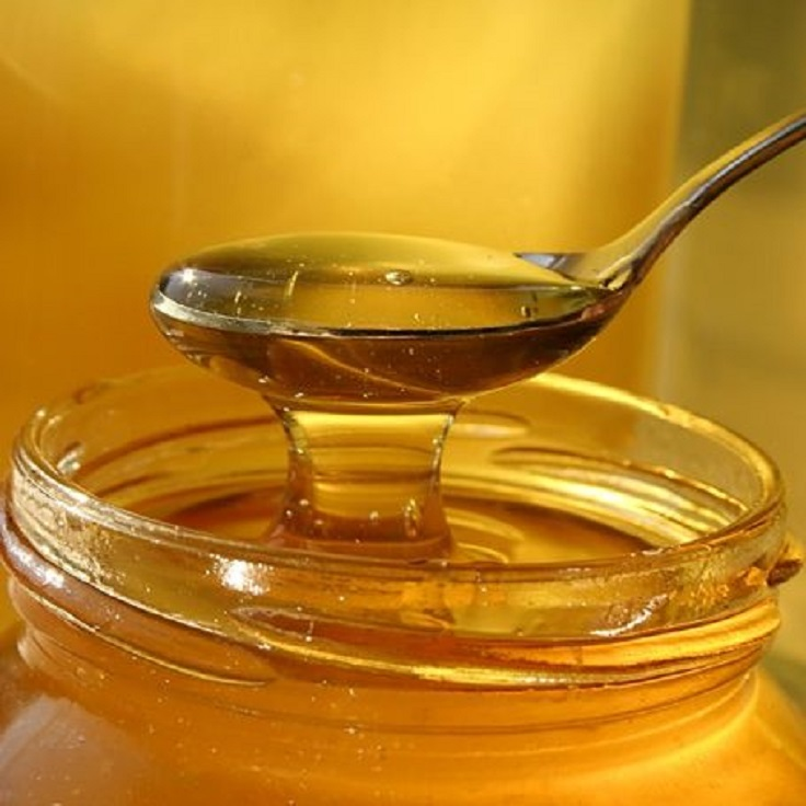 DIY-Honey-Treatment-for-hair