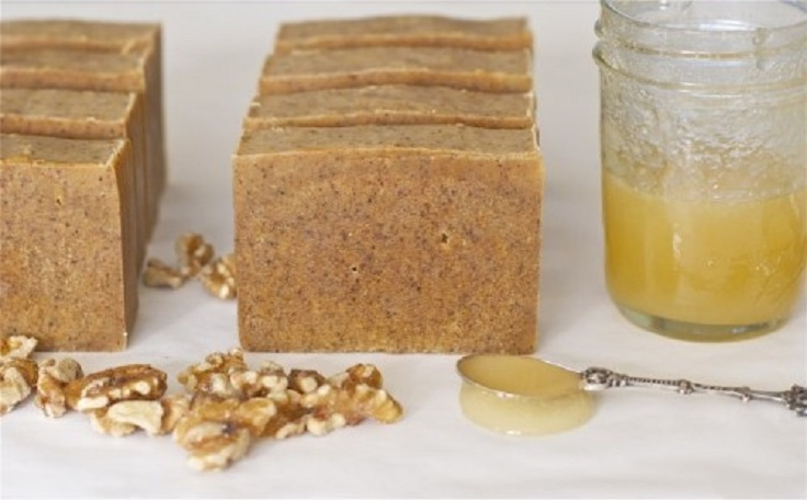 DIY-Honey-Walnut-Milk-Soap