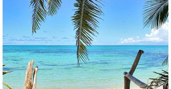 Top 10 most romantic honeymoon destinations for Top 10 most romantic vacations