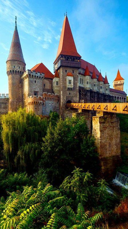 Hunyad-Castle-Transylvania-Romania