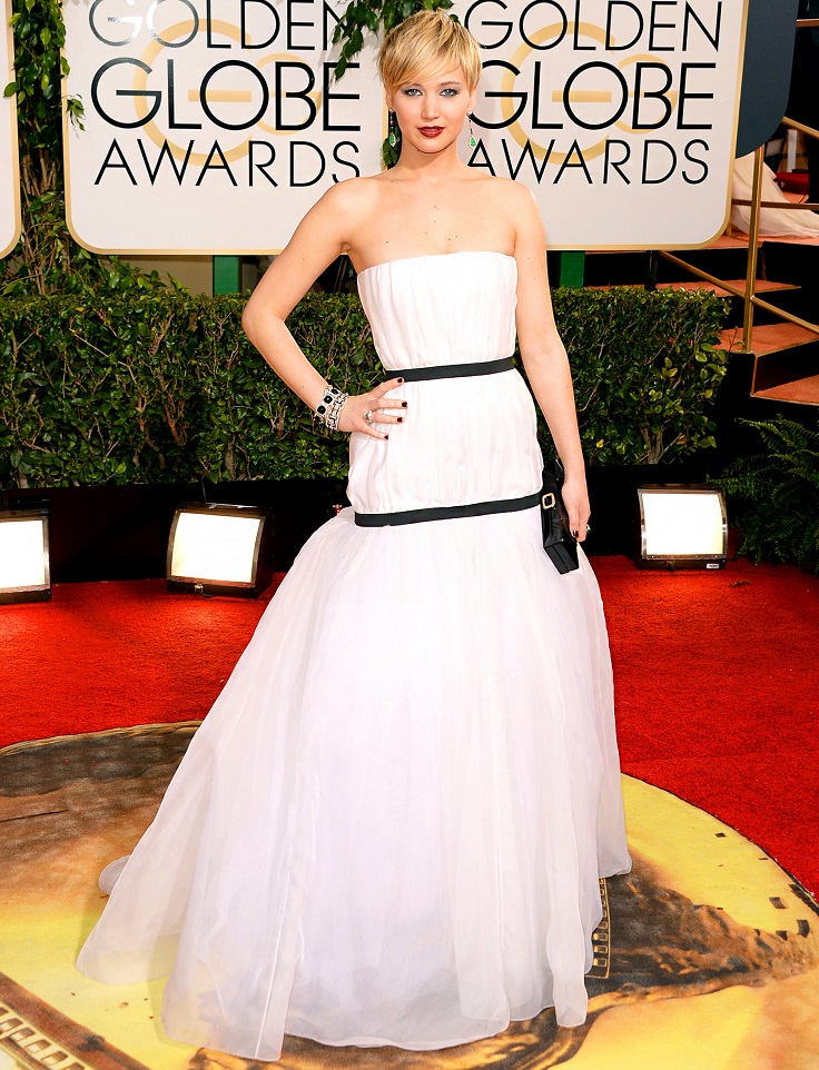 Jennifer-Lawrence-in-a-white-and-black-Dior-Haute-Couture-dress