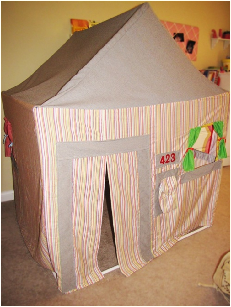 PVC-Pipe-Playhouse