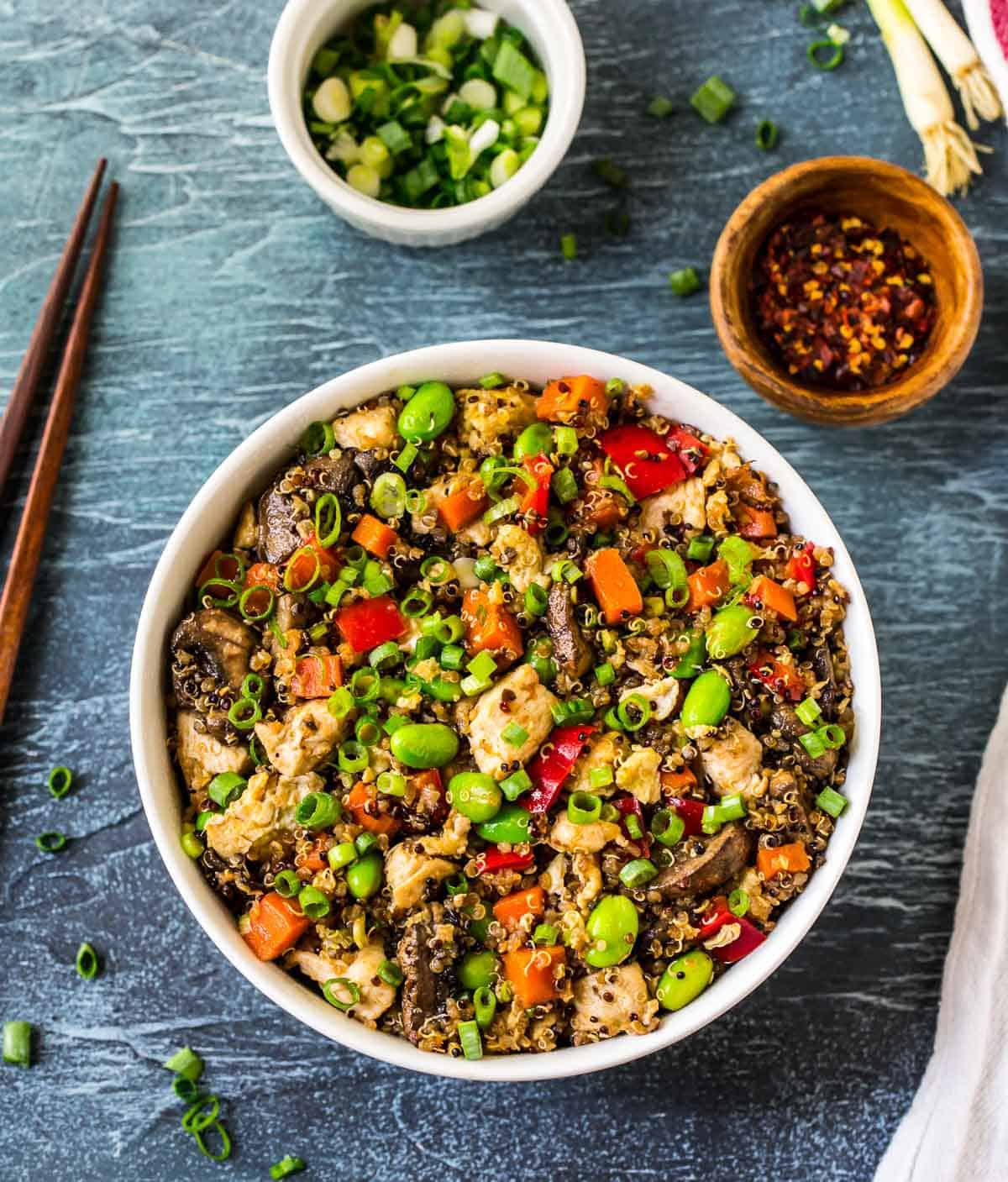 Quinoa-Fried-with-chicken-and-veggies-