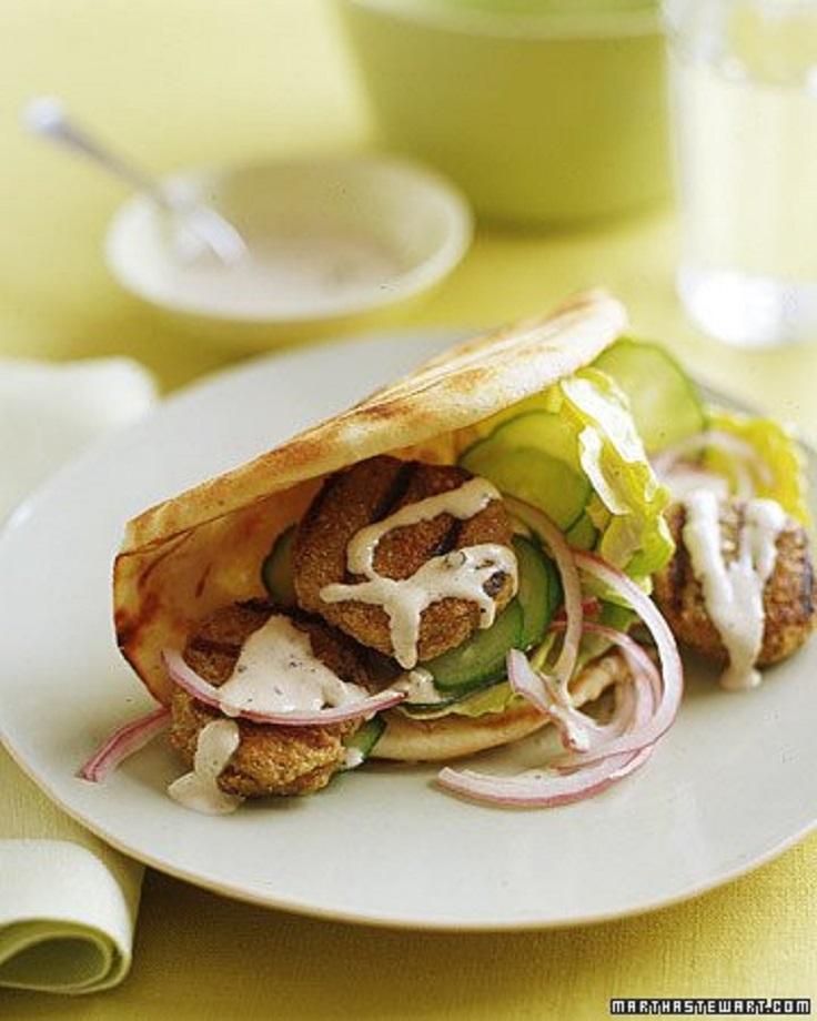 Quinoa-and-Turkey-Patties-in-Pita-with-Tahini-Sauce
