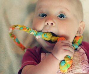 Top 10 DIY Solutions For Teething Babies