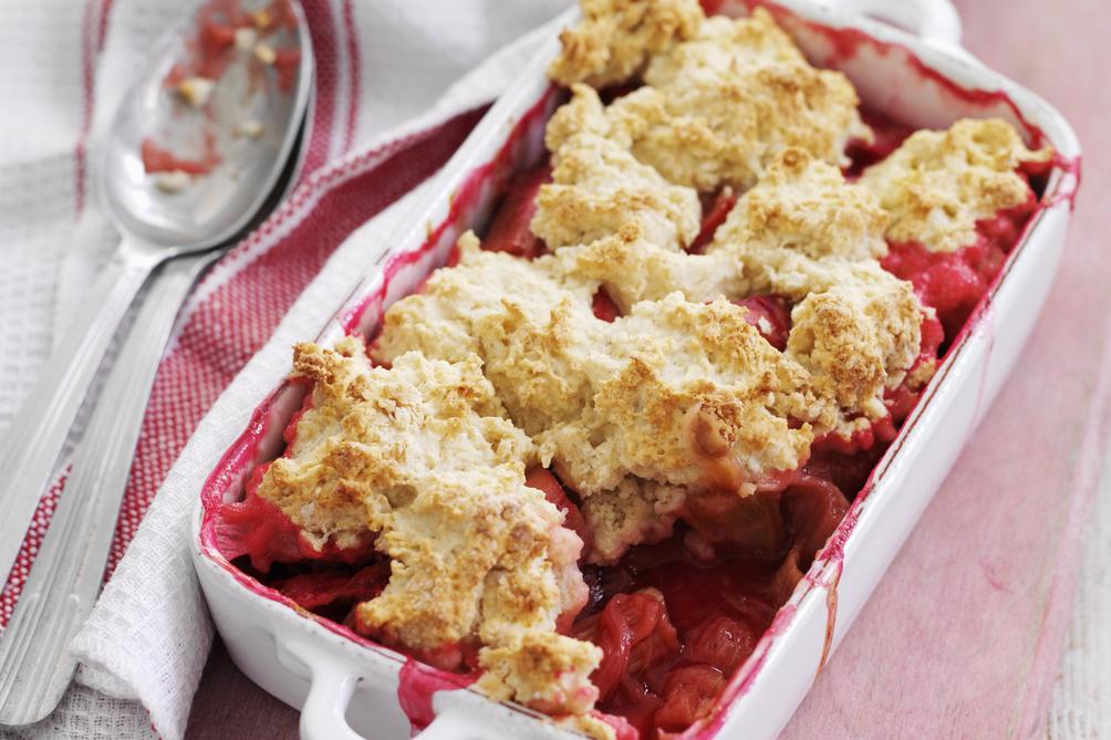 Rhubarb-Strawberry-Ginger-Cobbler-