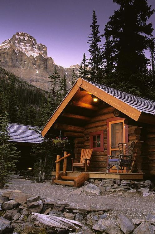 Shelter-Away-From-The-Crowd-Lake-OHara-Canada-