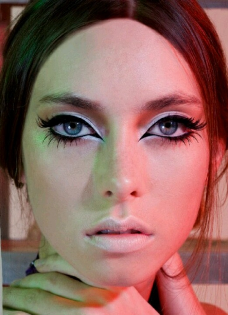 Top 10 Make Up Looks Inspired By The 60 39 S Top Inspired