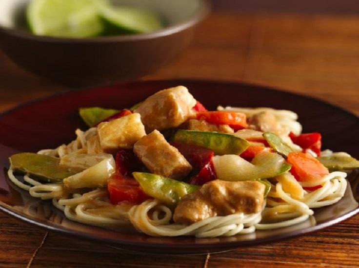 Slow-Cooker-Thai-Orange-Pork-Lo-Mein