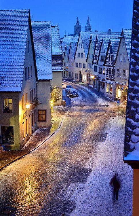 Snowy-Rothenburg-Bavaria-Germany