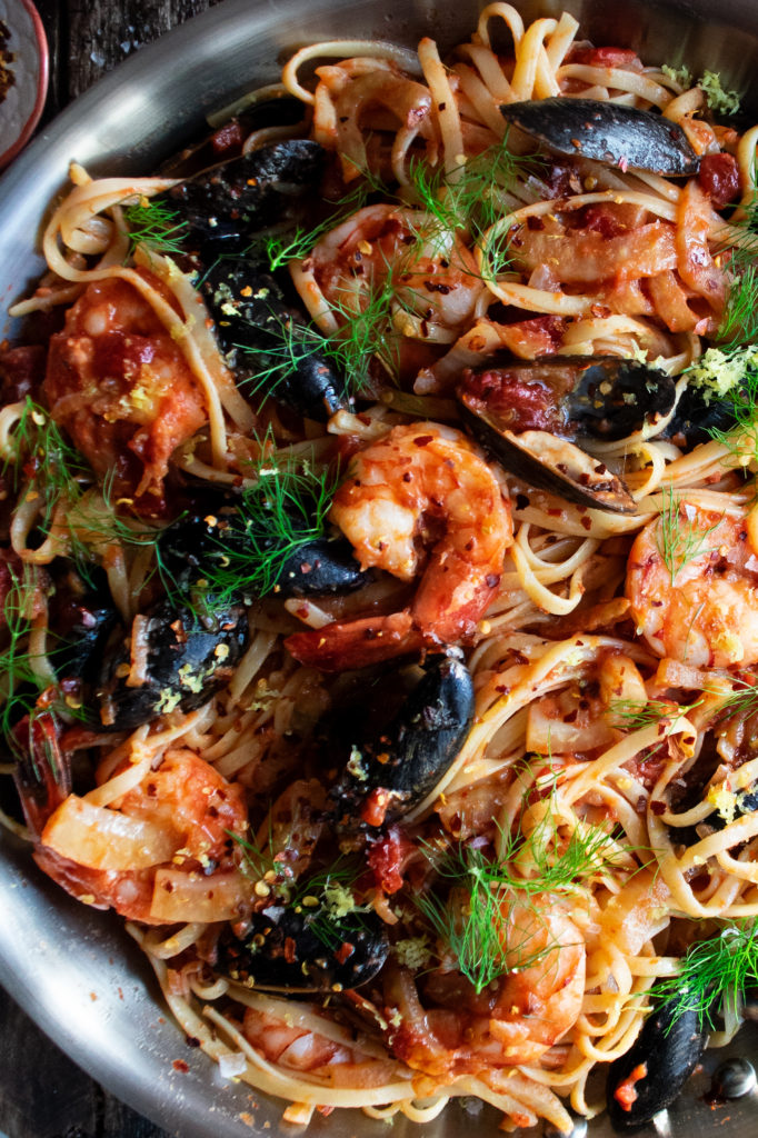 Spicy-tomato-seafood-sauce-