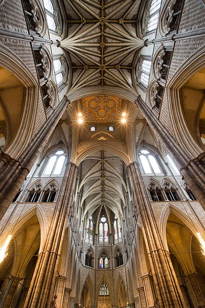 The-Inside-of-Westminster-Abbey