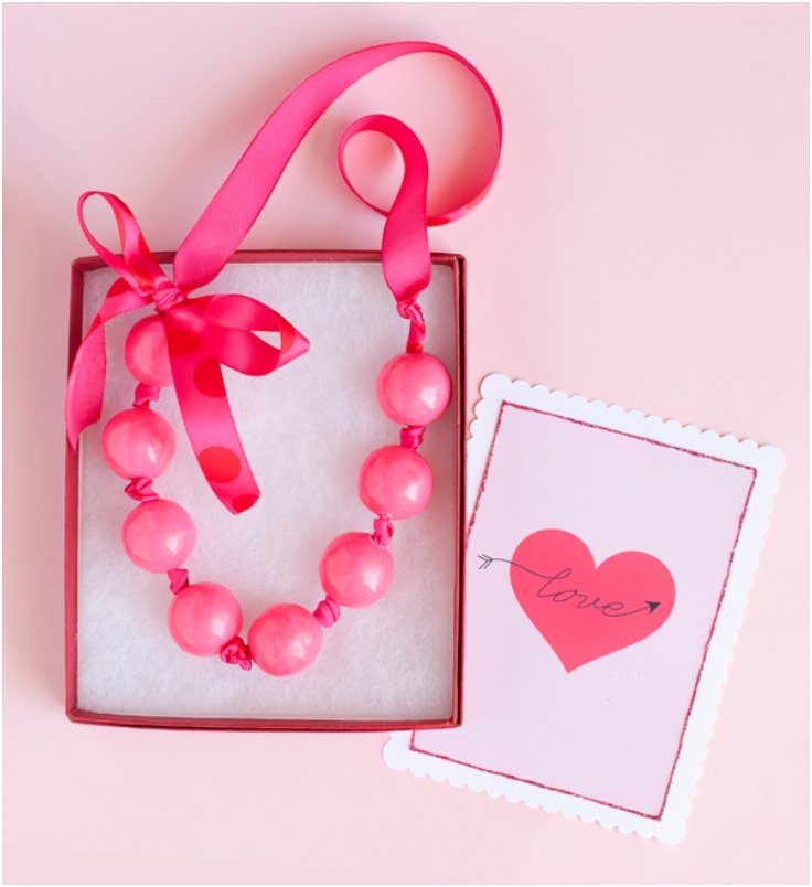 Valentine-Gumball-Necklace