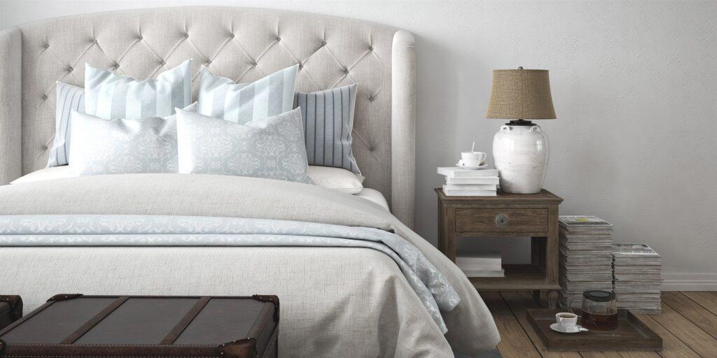 bed-in-front-of-a-door--1024x512