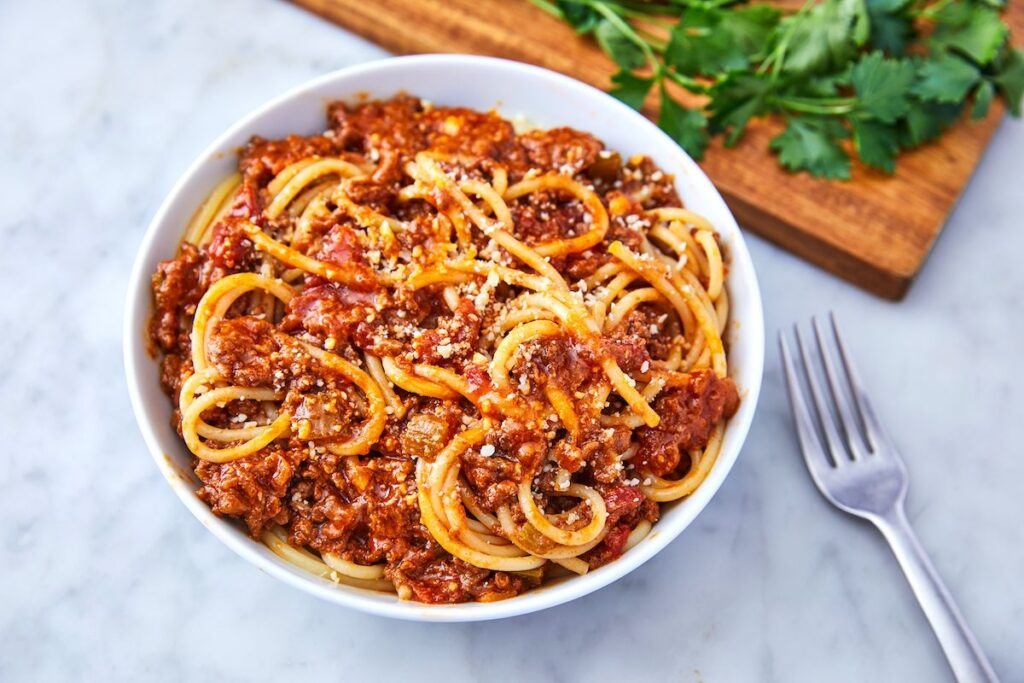 bolognese-sauce--1024x683