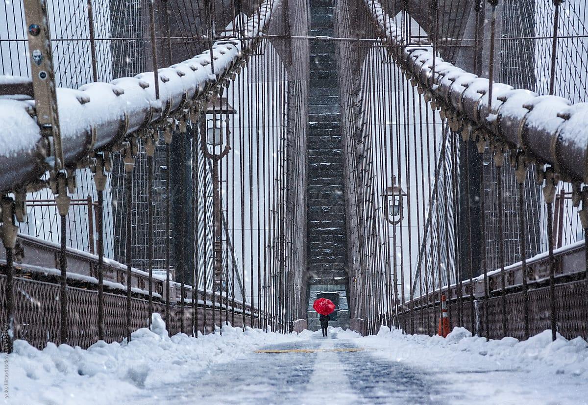 brooklyn-bridge-with-snow-