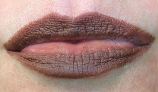 clumping-lipstick-