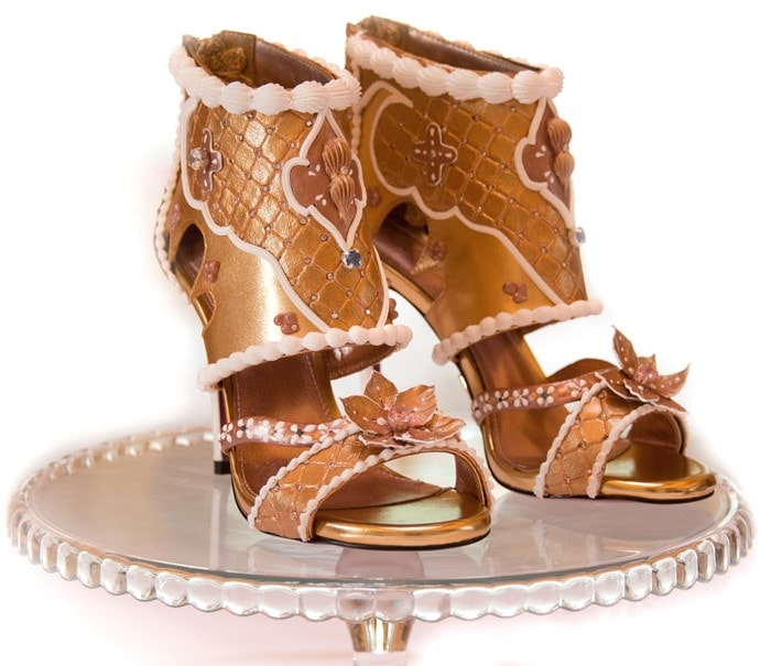 debbie-williams-heels