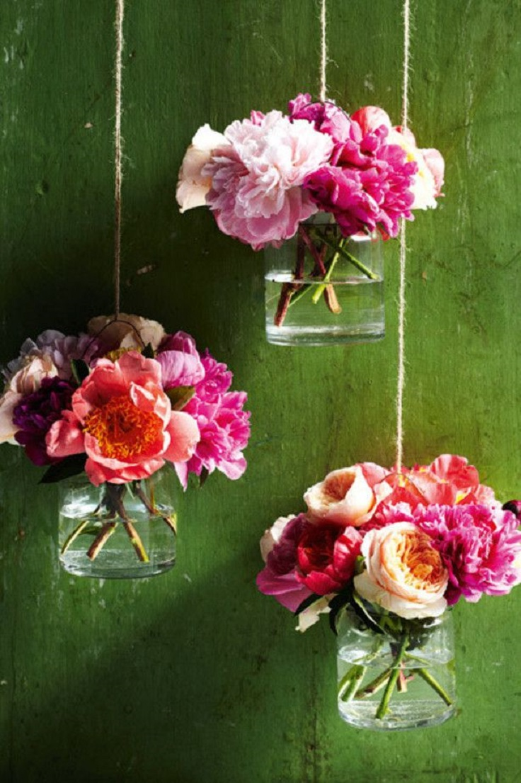hanging-flowers-in-glass