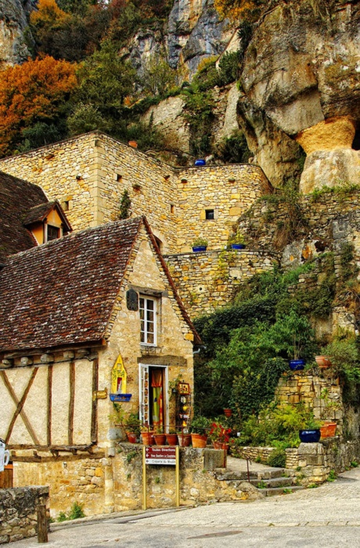 mountain-village-france
