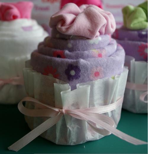 onsie-cupcake