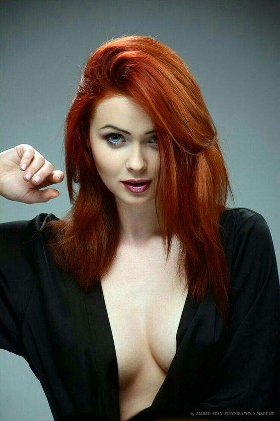 red-hair-woman-
