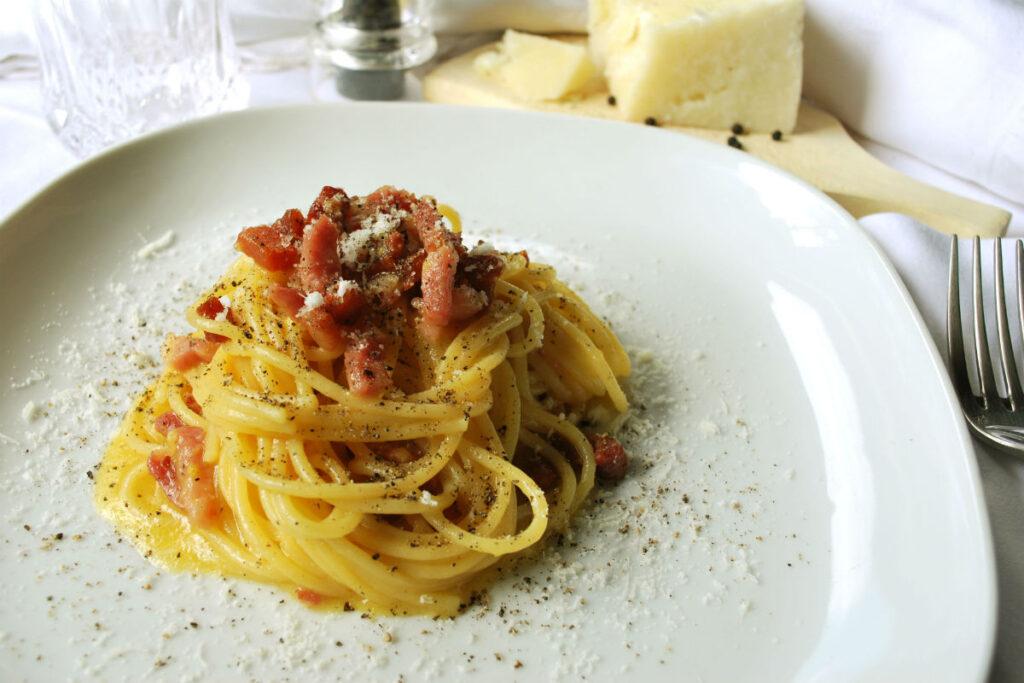 spaghetti-carbonara-1024x683