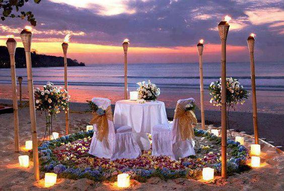 sunset-beach-dinner-table-