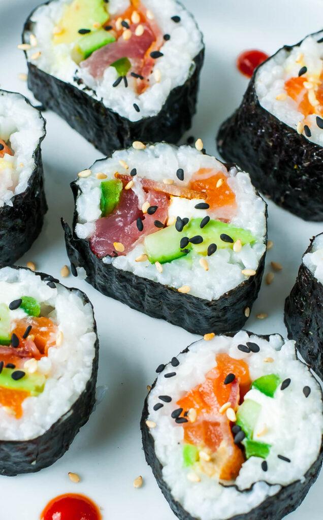 sushi-636x1024