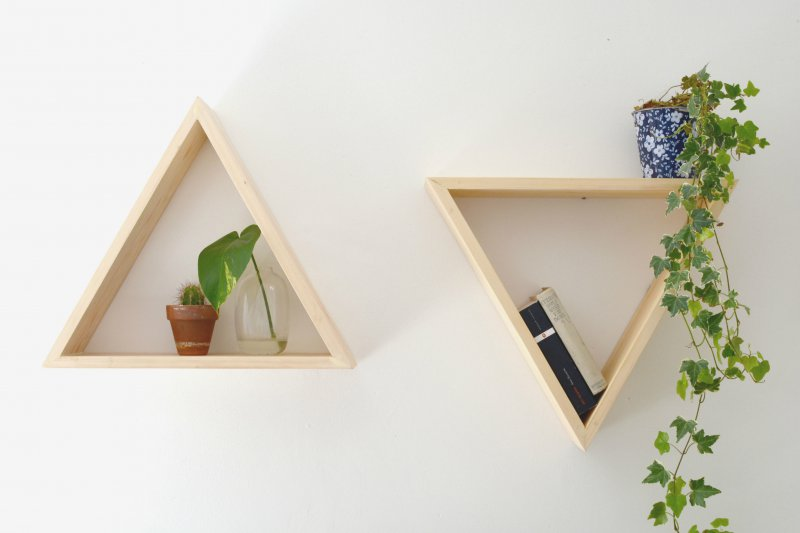 triangle-shelf-diy