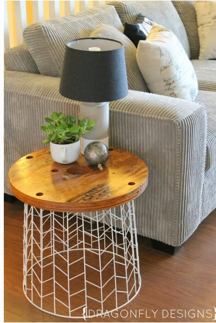 top 10 excellent diy end tables top inspired. Black Bedroom Furniture Sets. Home Design Ideas