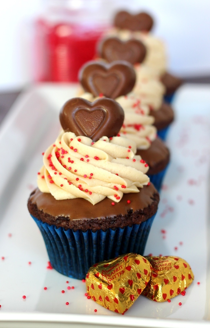 Top 10 Creative Valentine's Day Cupcakes