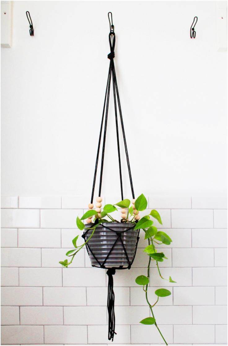 Modern-Macrame-Hanging-Planter