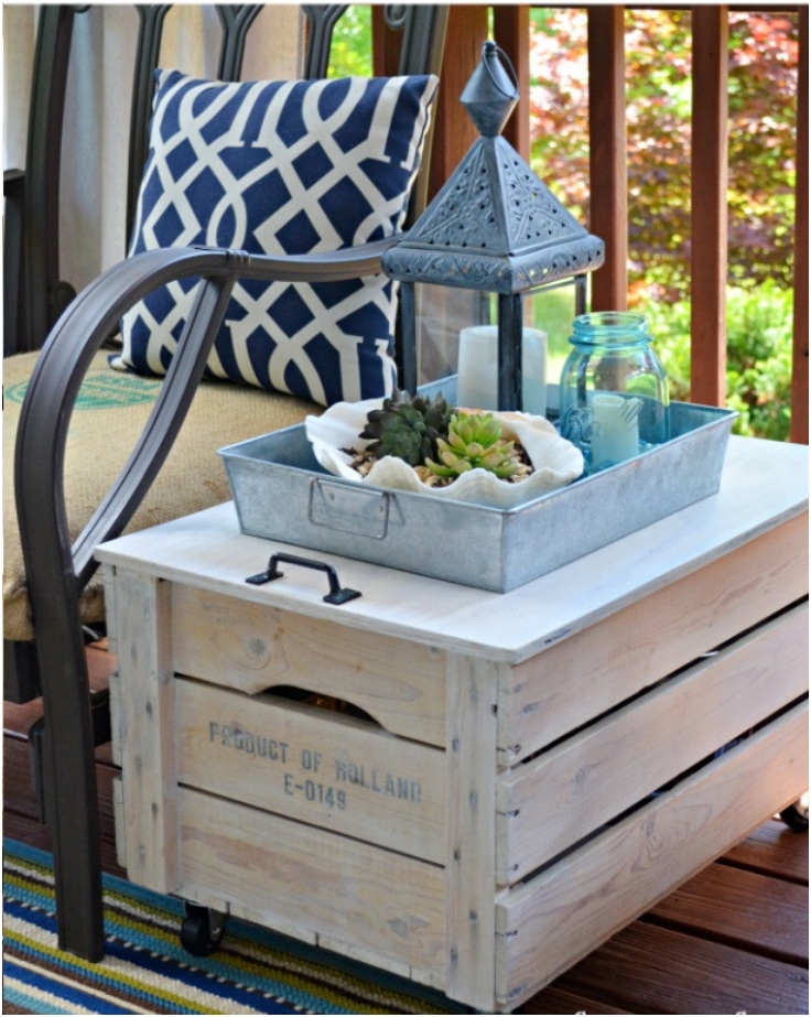 Repurposed-Crate-Storage-Table