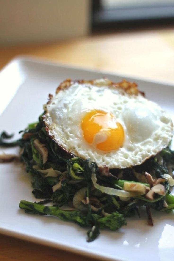 Sauteéd-Shiitake-and-Broccoli-Rabe-with-Fried-Egg