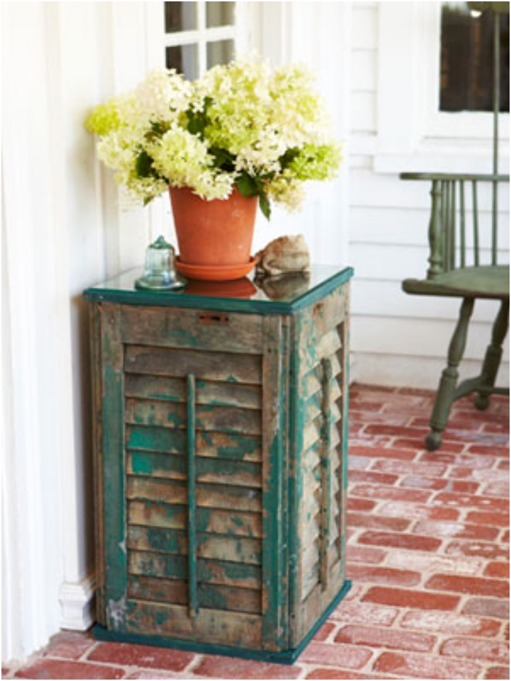 Shutter-Side-Table