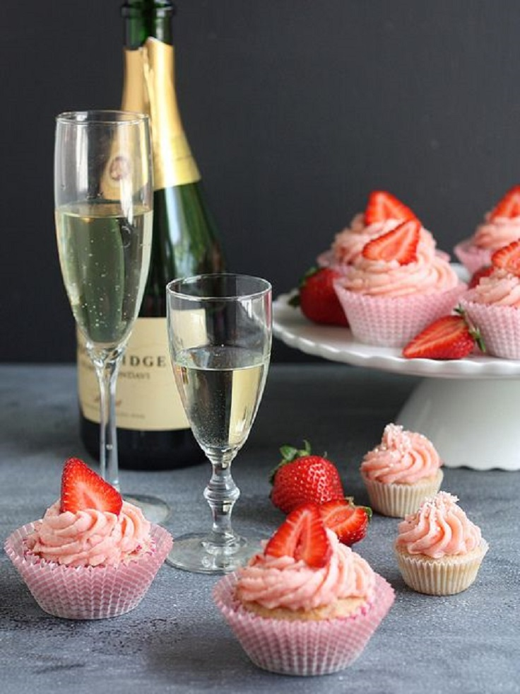 Strawberries-and-Champagne-Cupcakes