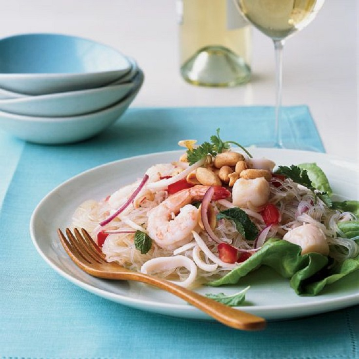 Thai-Seafood-Noodle-Salad