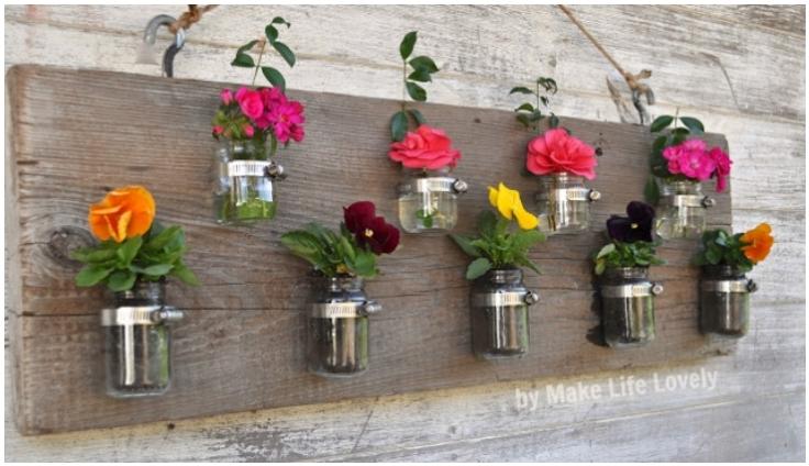 Upcycled-Baby-Food-Jars-Wood-Vase-Candleholder