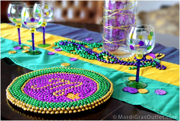 Beaded-Mardi-Gras-Charger-Plate
