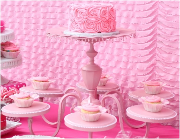 Chandelier-Cake-Stand
