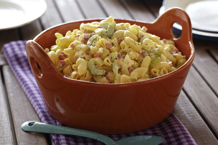 Old-Fashioned-Macaroni-Salad