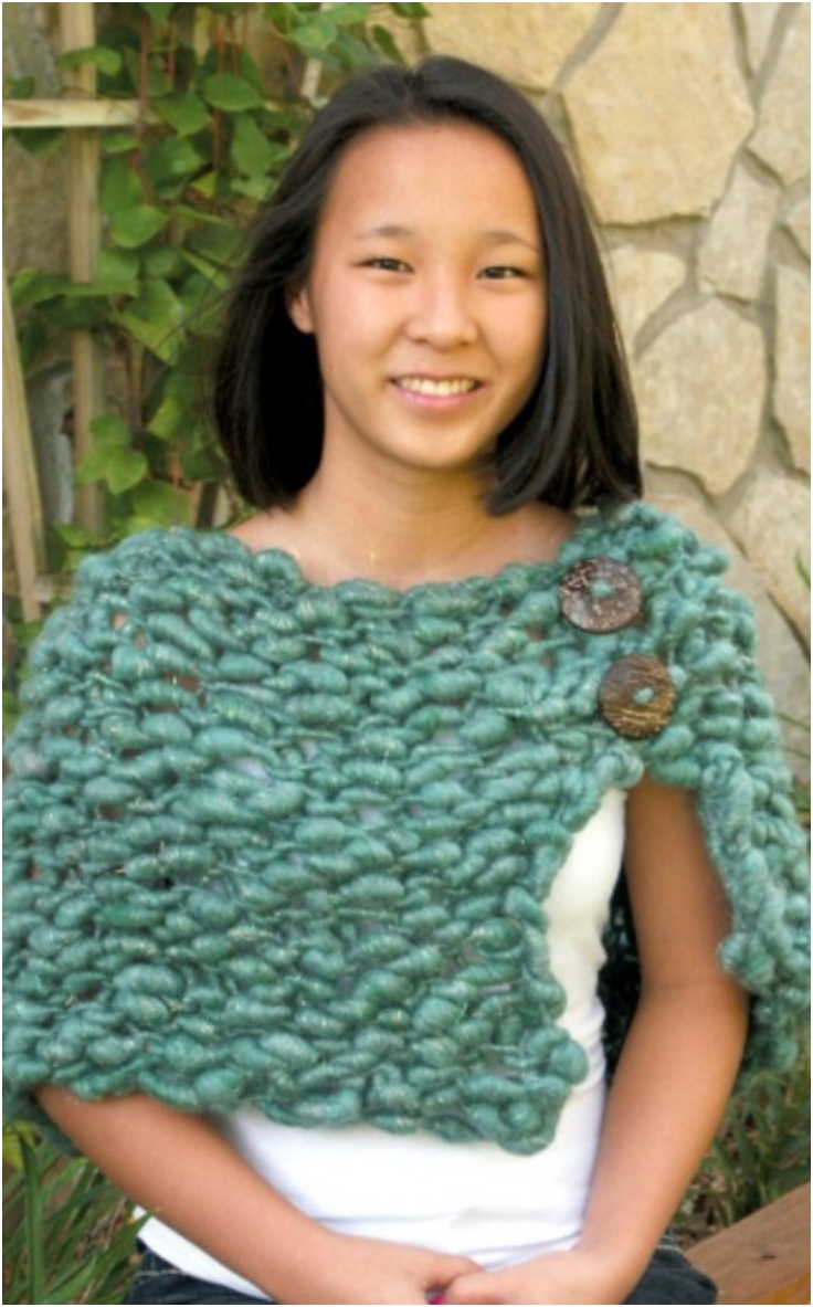 Simple-Chunky-Knit-Shawl-with-Buttons
