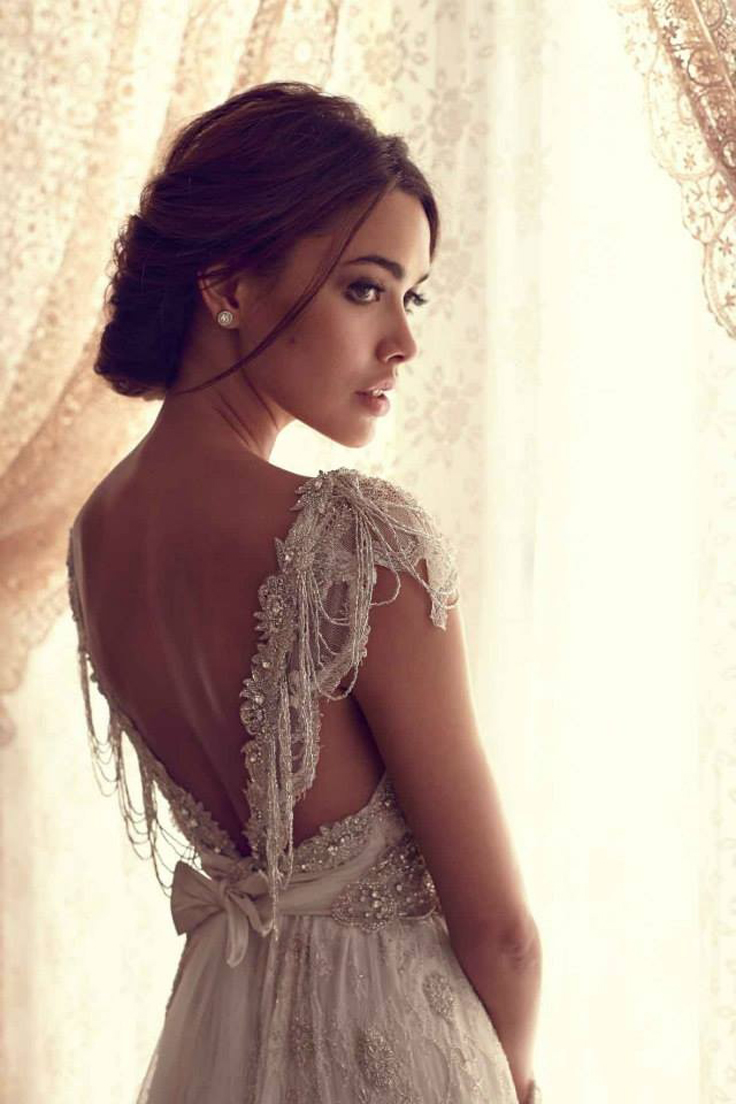 Top-10-ideas-for-your-dream-wedding-dress_04
