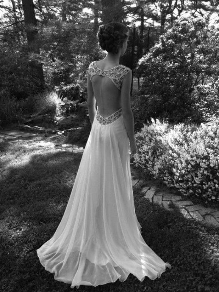 Top-10-ideas-for-your-dream-wedding-dress_09