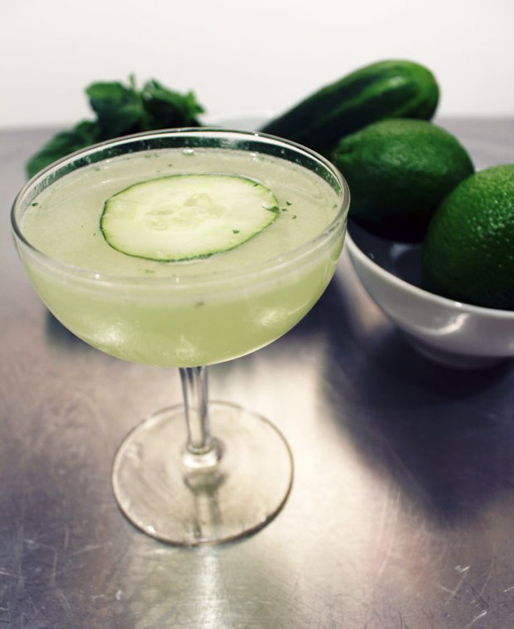 Top-10-refreshing-and-healthy-cucumber-drinks_08