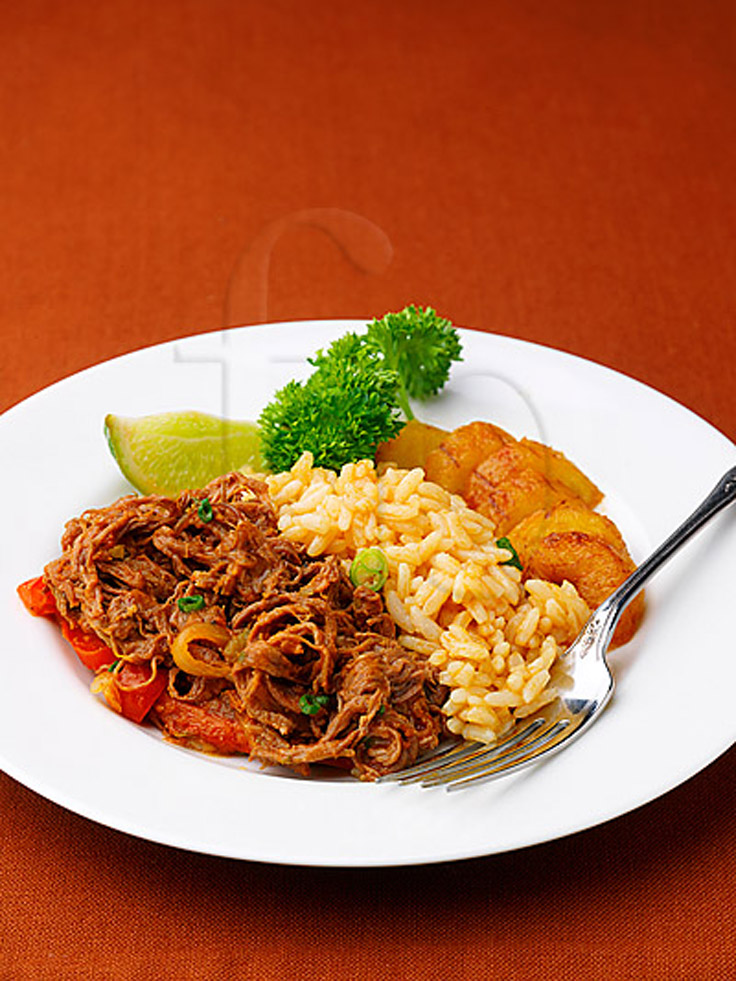 Top-10-traditional-cuban-dishes_08
