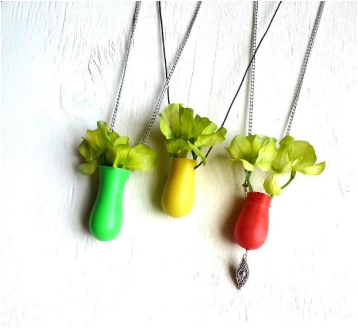 Vase-Necklace