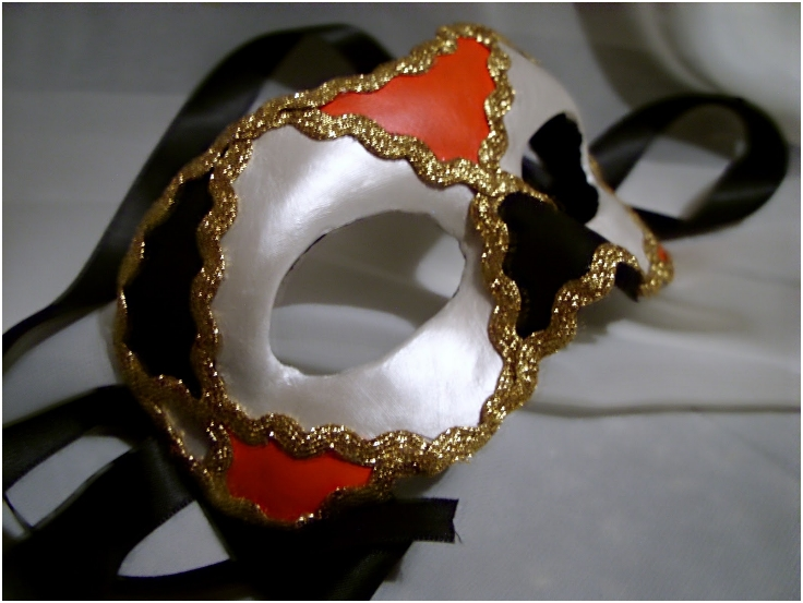 Venetian-mask-making