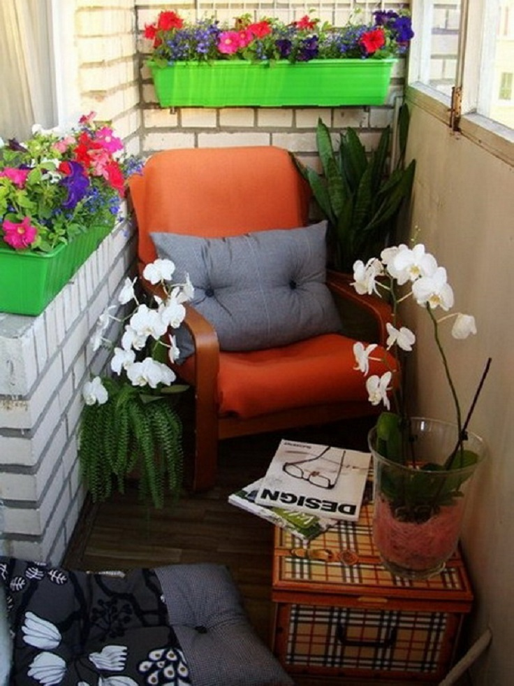Top 10 inspiring decor ideas for small balconies top for Cute apartment balcony ideas